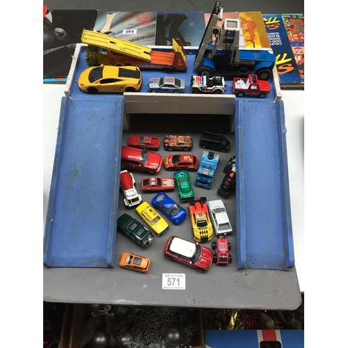 571 - Wooden Ramp with Die Cast Cars...