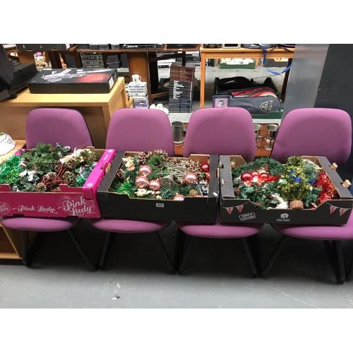 612 - 4 x Purple Office Chairs...