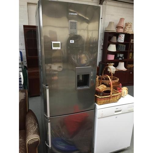 672 - Large Samsung Fridge Freezer...