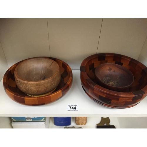 744 - Quantity of Treen Bowls...