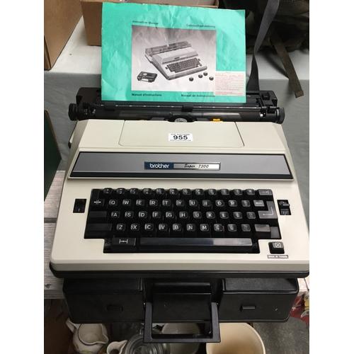 955 - Vintage Brother Super 7300 Electric Typewriter & Case...