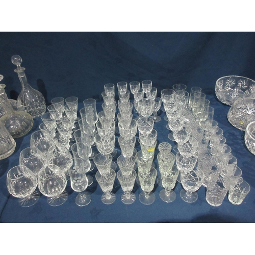 41 - A quantity of various Wine Glasses....