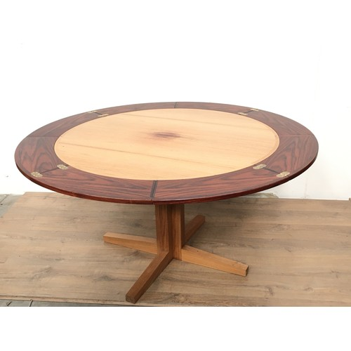 575 - A Drylund rosewood circular dupe Dining Table, 3ft 8in diam