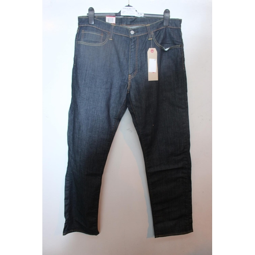 30 - 1 BRAND NEW PAIR OF LEVIS JEANS SIZE 30/34 RRP£70 14.9.18 (17589102)...