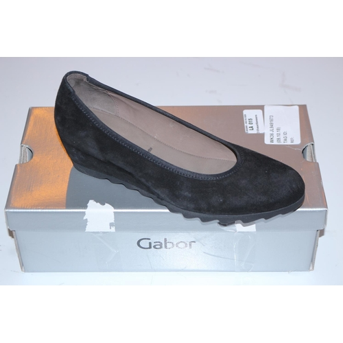 15 - PAIR OF GABOR SIZE 5 SLIP ON SHOES (09.10.18)...
