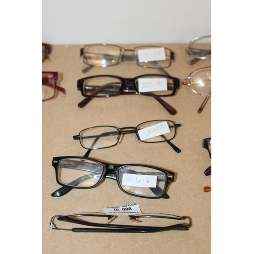17 - 5 X ASSORTED CLEAR GLASS READING GLASSES IN VARIOUS DESIGNS AND SIZES (EX8)...