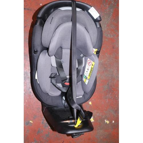 42 - MAXI-COSI CAR SEAT AND BASE RRP £165 (30.08.18) (3517063)...
