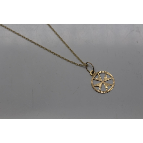 0V - 9CT YELLOW GOLD NECKLACE COMPLETE WITH A 9CT YELLOW GOLD MALTESE PENDENT (20)...