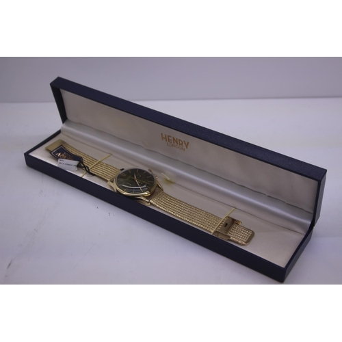 92 - BOXED BRAND NEW HENDRY DESIGNER WRIST WATCH COMPLETE WITH 2 YEARS INTERNATIONAL RRP £165...