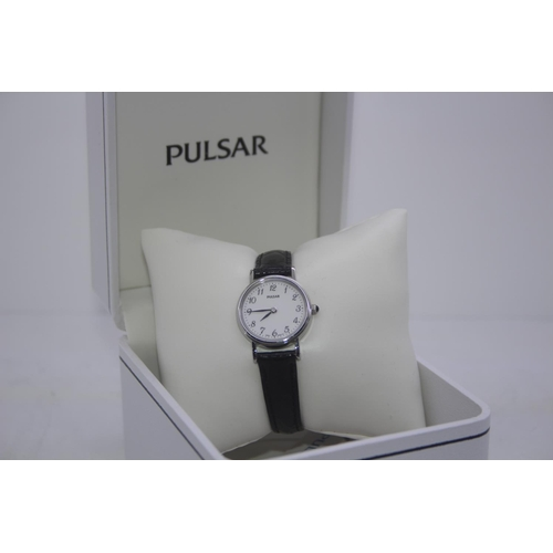 155 - BOXED BRAND NEW PULSAR DESIGNER WRIST WATCH COMPLETE WITH 2 YEARS INTERNATIONAL WARRANTY RRP £40...