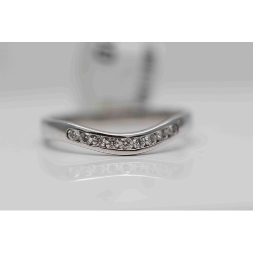 229 - **£1,250.00** 18CT WHITE GOLD SHAPED HALF ETERNITY RING/ WEDDING RING STONE WEIGHT (0.25 CARAT) VALU...