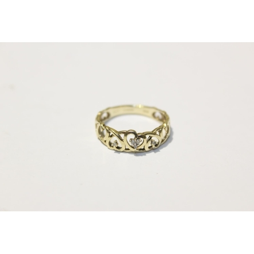 00I - ** NO VAT** 9CT YELLOW GOLD AND DIAMOND LADIES HEART RING...