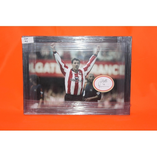 32 - 1X MATT LE TISSIER SIGNED INDEX CARD, COMPLETE PROFESSIONALLY FRAMED WITH AFTAL CERTIFICATE OF AUTHE...