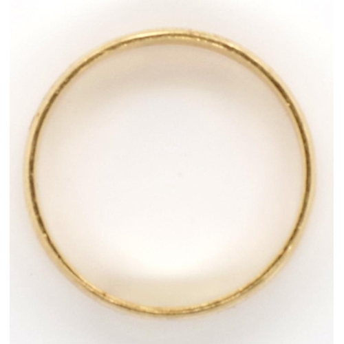 31 - Gold wedding band unmarked approx 7.3 grams, approx Z+5. Tests as 14ct...