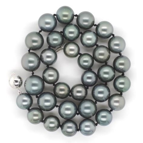110 - Tahitian pearl necklace 12mm to 14.5 mm near perfect smooth, round and showing good lustre. Marked 7...