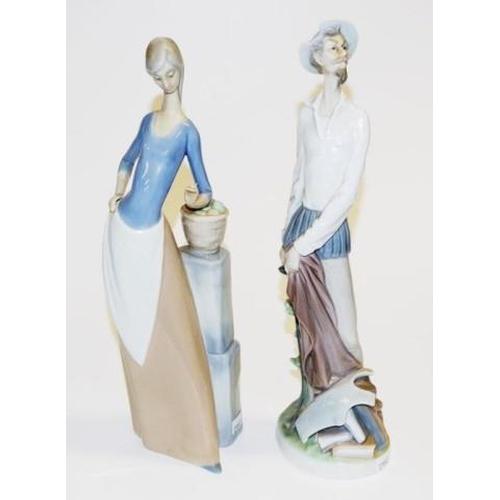 1139 - Lladro Don Quixote figurine no. 854, 30cm high approx., original box,  together with a Nao girl figu...