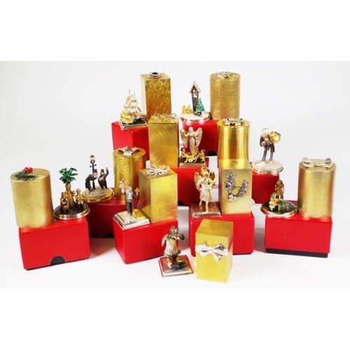 1251 - Ten Stuart Delvin silver gilt Christmas boxes Each numbered 192 of an edition of 500 Comprising: Goo...