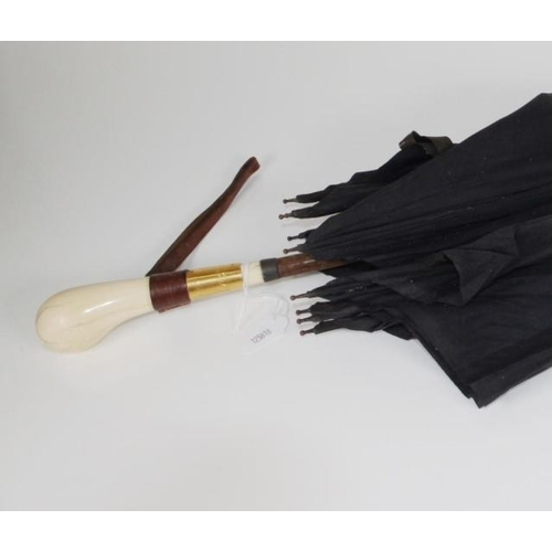 1363 - Antique ivory handle gentleman's umbrella ivory handle, (age cracks), to black fabric umbrella, with...