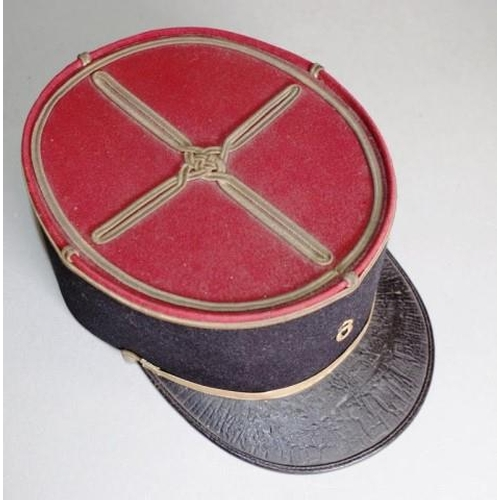1371 - Vintage French WW1 forces cap gilt braid to top, with red binding, to cap with brass number '8' appl...