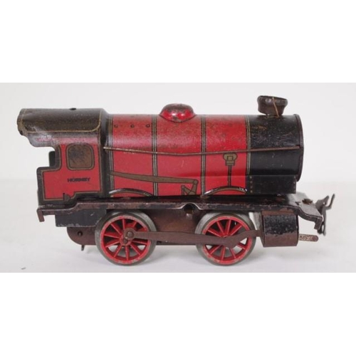 1382 - Hornby O gauge clockwork locomotive no key, 16cm long approx...