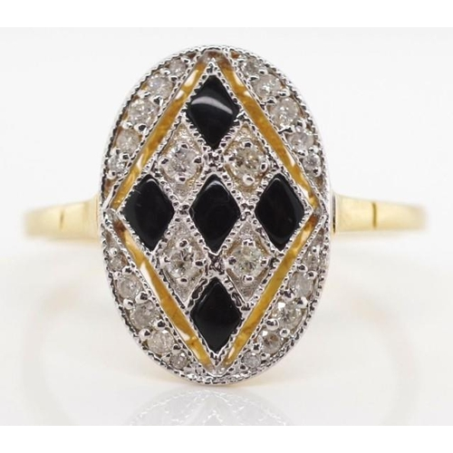 140 - Diamond, onyx and 18ct yellow gold harlequin ring marked 18k 750 approx 2.73 grams gold weight, 24x ...