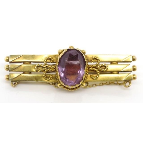 227 - Antique 9ct yellow gold and amethyst brooch marked to reverse with 9c crown H&K approx total weight ...