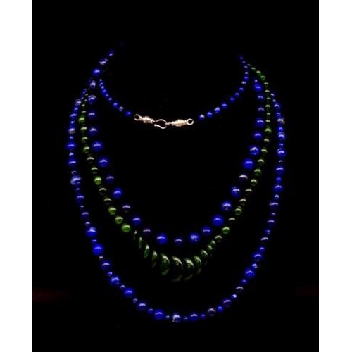 277 - Three various semi precious beaded necklaces includes two lapis and an green agate example approx le...