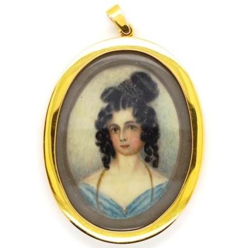 369 - Antique portrait miniature &15ct gold pendant hand engraved to reverse
