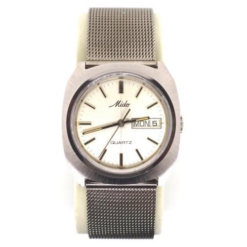 402 - Mido stainless steel watch quartz movement. Running when tested. Approx dial width 36mm, as new cond...