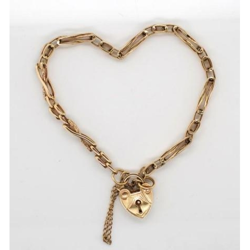 6 - 9ct rose gold bracelet with heart padlock clasp marked to clasp only. Approx weight 9.2 grams, 18cm ...
