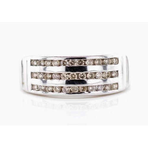 31 - Champagne diamond set 9ct white gold ring with 3 rows of channel set diamonds, weight: approx 2.52 g...