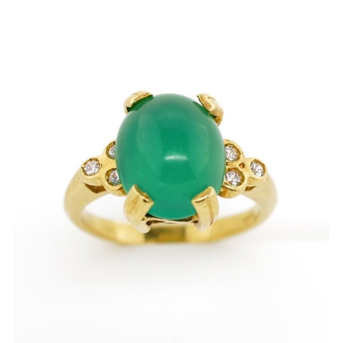 46 - Chrysoprase and diamond set 18ct yellow gold ring marked 18ct. Approx weight 5.5 grams, ring size M...