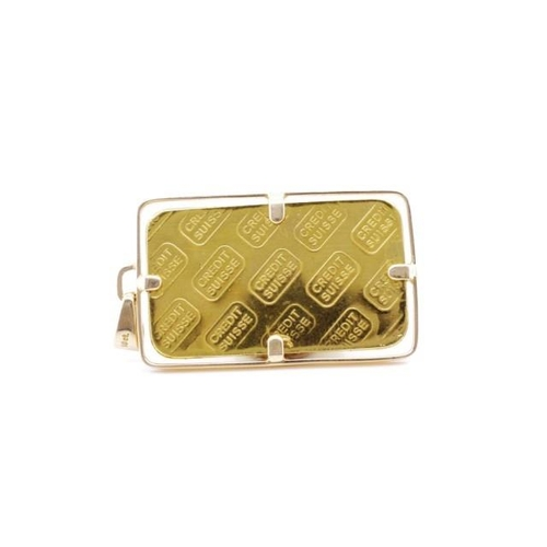 53 - Gold bullion and 18ct gold pendant the bullion is marked 999.9 20g Credit Suisse and the pendant 18c...