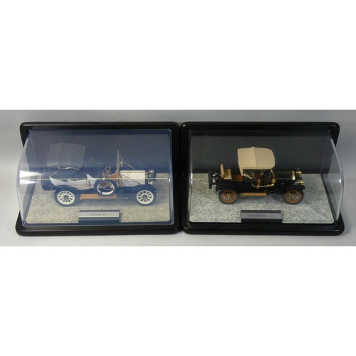 10 - Franklin Mint precision models, 1:24 scale 1912 Packard Victroia, together with a Cadillac Model Thi...