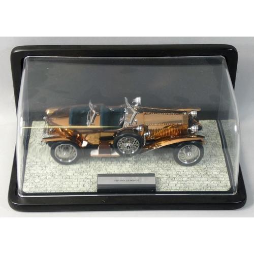 2 - Franklin Mint precision model, 1:24 scale 1921 Rolls Royce