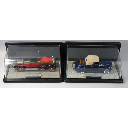 9 - Franklin Mint precision models, 1:24 scale Mercedes Benz 770k Pullman, together with a 1939 Ford Del...