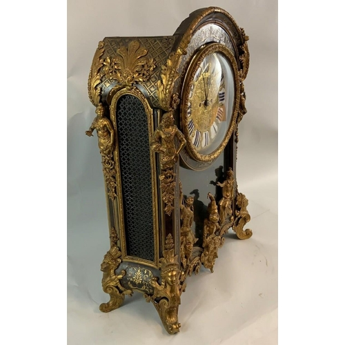 267 - A 19th century French gilt bronze mounted Boulle bracket clock, the cast and chased dial inscribed B...