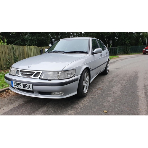 1008 - 2000 SAAB 9-3 SE Turbo, 1985 cc. Registration number X819 WRA. Chassis number YS3DF55CX12000439. Eng...