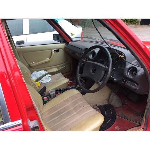1005 - 1980 Mercedes Benz w123 300D, 3005cc. Registration number GOJ 98W. Chassis number 123 13022178192. E...