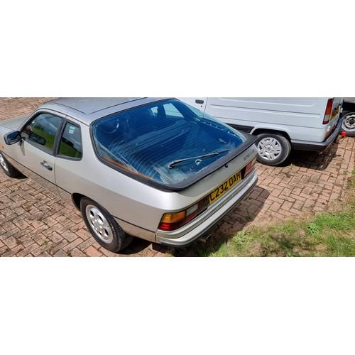 503 - 1986 Porsche 924S, 2,479cc. Registration number C232 DAH. Chassis number WPOZZZ92ZGN402901. Engine n...