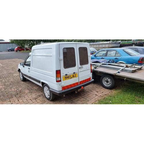 504 - 1990 Renault 5 Express diesel van, 1595cc. Registration number H41 LAJ. Chassis number VF1F404050611...