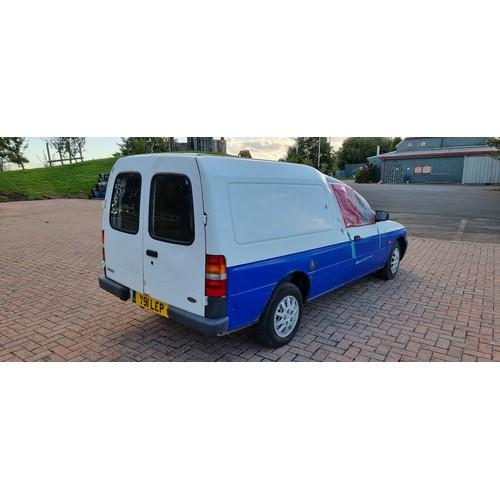 501 - 2001 Ford Escort 75TD van, project. Registration number Y91 LCP. Chassis number WFOVXXBBAV1J88146. E...