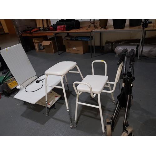 852 - Disability aids, bath seat etc....