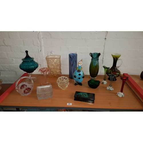 23 - Collection of  glassware including Murano...