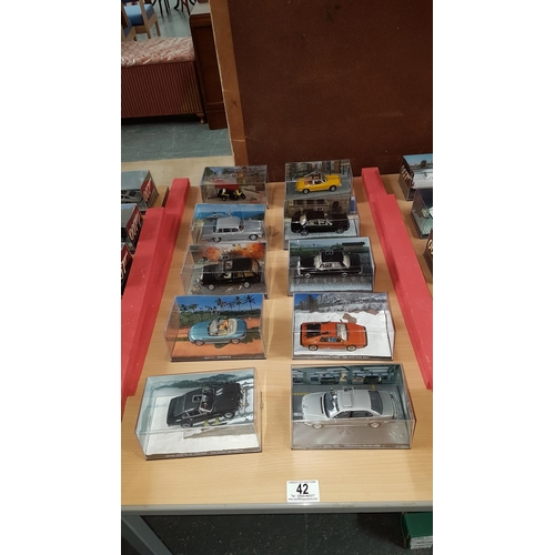 42 - James bond collectors cars x 10...