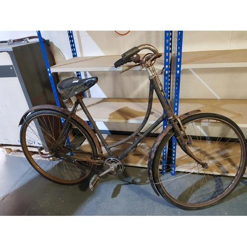 900 - 1950's Raleigh ladies bicycle...