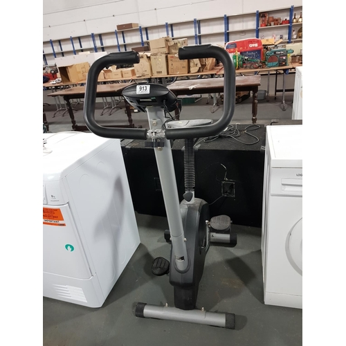 913 - York cardio fit 2950 exercise bike...