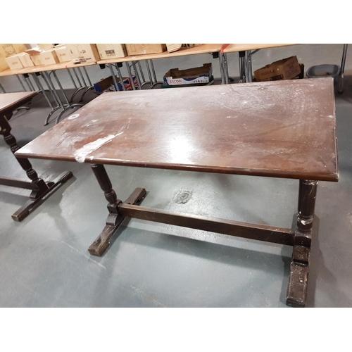 928 - Pub table...