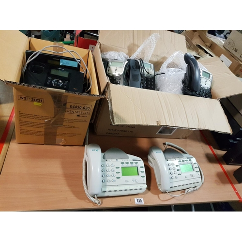 939 - Large quantity of wall and desk telephones...