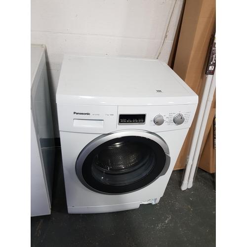 906 - Panasonic washing machine...